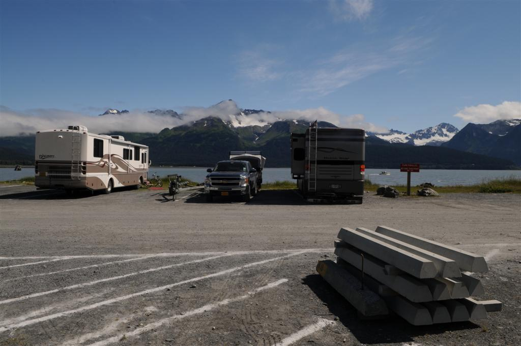 With views like this, why bother getting out of your RV?!