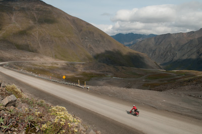 Descending down from the Atigun Pass, Alaska's highest highway pass (4739ft).