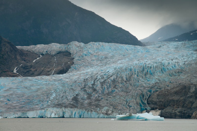 The Medenhall Glacier flows 12 miles from its source, the Juneau Ice Field. This is the views from the car park!