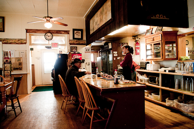 We breakfasted on hash browns, bacon, French toast, donuts and coffee in the atmospheric Calf-A diner, housed in a school house built in 1903.