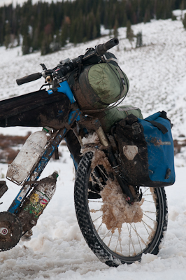 The bike felt heavy enough, without great clumps of ice around the hubs and jamming the brakes.