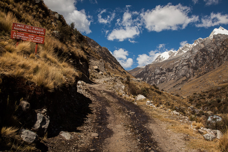 Soon, I'm back in the Huascaran National Park again, altitude 4100m.
